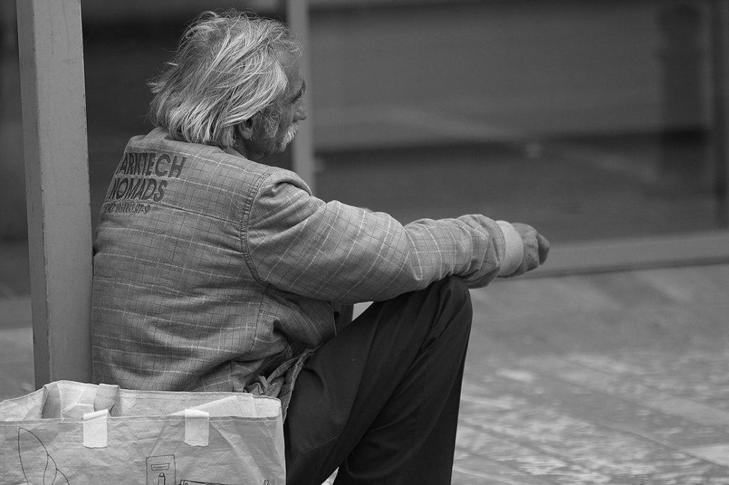 Immer mehr Menschen leben auf der Straße: In Köln sind es schätzungsweise 600 Männer und Frauen. Eine amtliche Statistik gibt es nicht