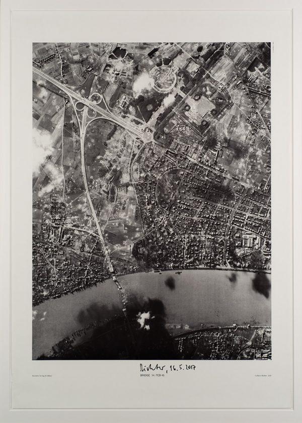 Gerhard Richter, BRIDGE 14 FEB 45, Edition, 2000, signiert 16.5.2017